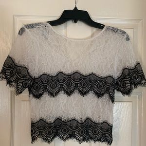 Bebe Bright White & Black Lace Short Sleeve Blouse
